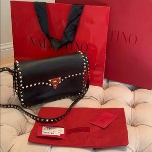 Valentino 💋 Black Rockstud Shoulder Bag